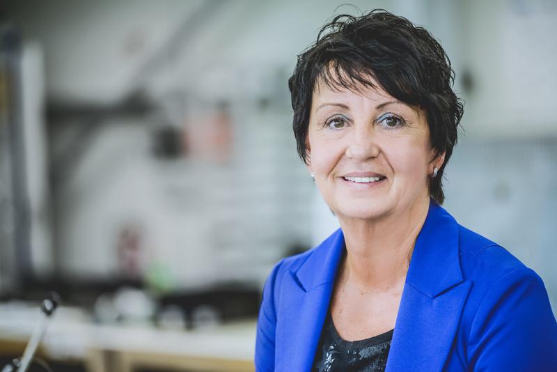 Müller Spulen Ansprechpartner - Monika Hochard, Sekretariat Kaufmännische Leitung